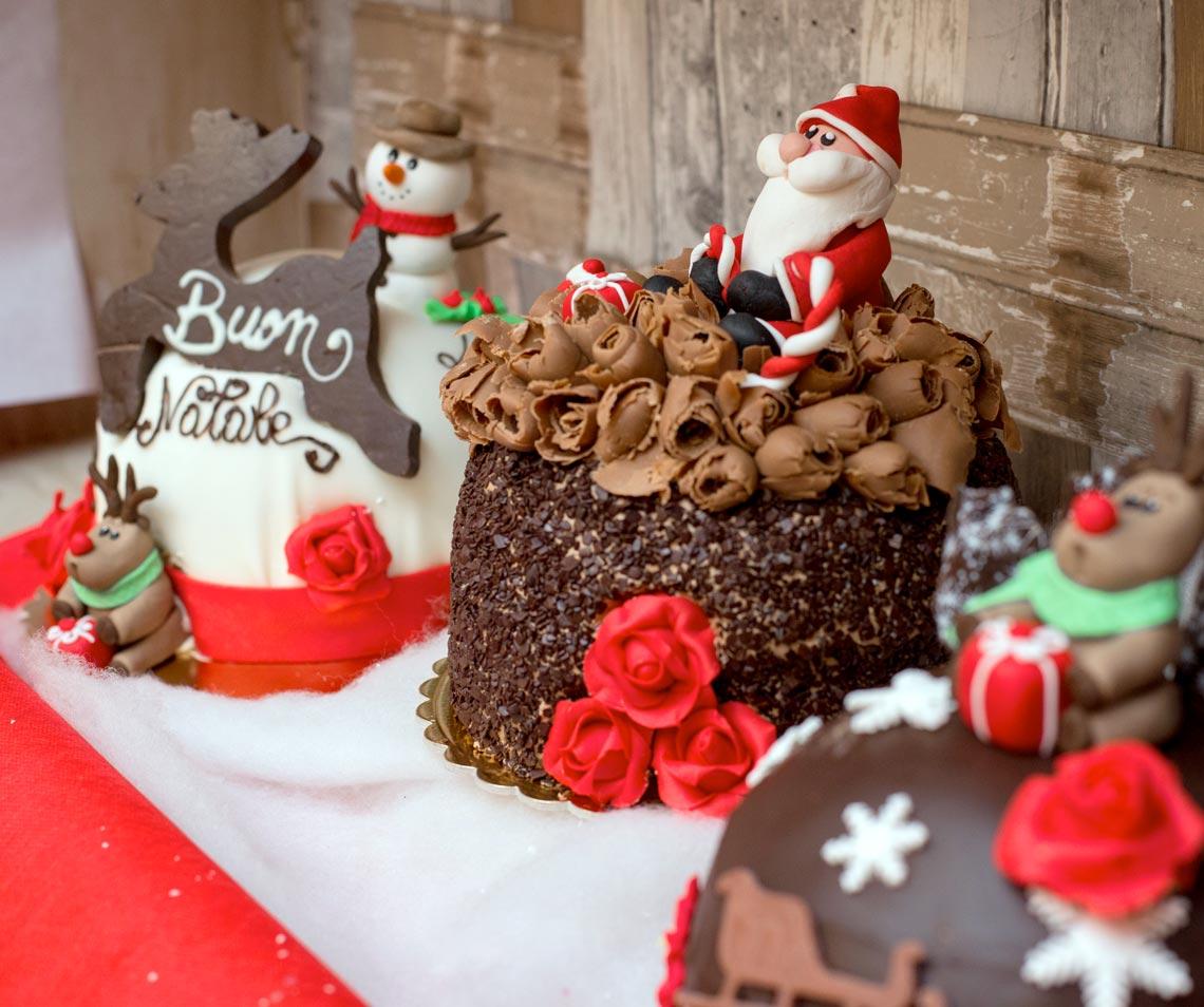 Panettoni e dolci per festività a Bergamo - Pasticceria Acquario e2cfa5131b92
