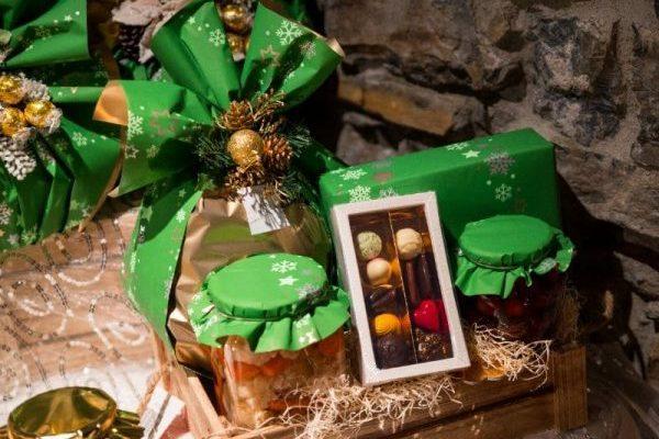 Dolci per festività - cesti natalizi a Bergamo - 2019